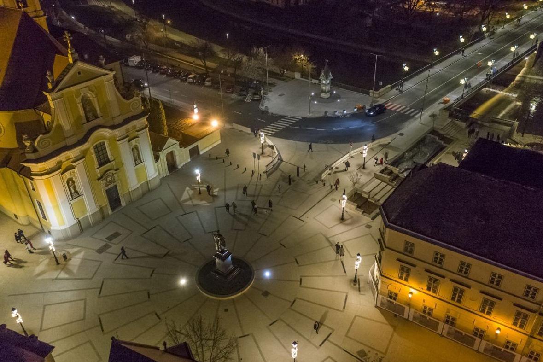 Bécsi Kapu tér rekonstrukció