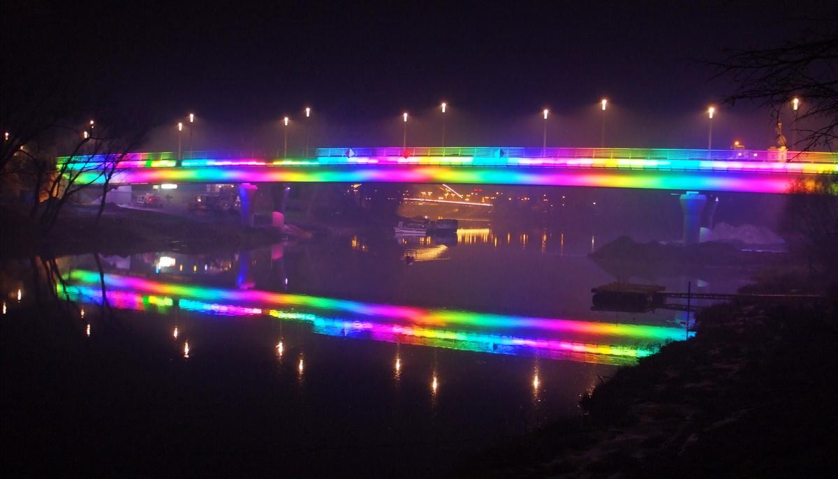Jedlik Híd díszvilágítás